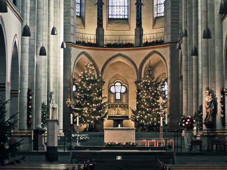Ambiente boda navidad iglesia